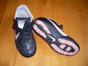 soulier Nike fille grandeur 3