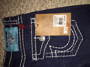 five pairs of brand new womens super t true religions 28 30 32