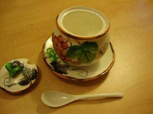 ESD Hand Painted honey or jam bowl Regina Regina Area image 2