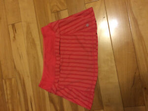 Lululemon skort size 2 and Under Armour crops size S
