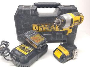 Impact Dewalt DCF885 + 2 batteries + chargeur et case