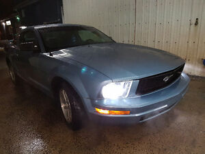 2005 Ford Mustang Coupe 77000km low millage