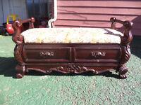 -antic bench--------banc antique      250