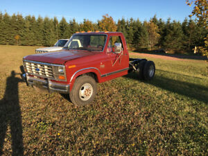 1984 Ford F350 with Cummins diesel
