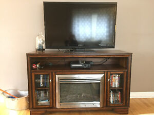 "55"" Insignia tv and beautiful tv stand!"