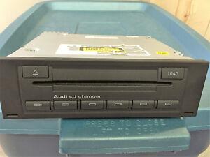 Lecteur 6cd OEM AUDI (glove box cd changer) 8E0 035 192 J