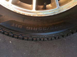 4 good year winter tires 205-55-16 with Alloys wheels