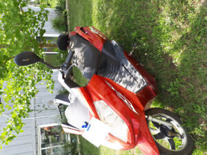 Red moped exellent condition