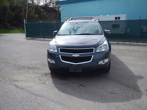 2009 Chevrolet Traverse 2LT SUV, Crossover