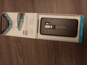Galaxy S9 case for sale new in box 20.00.