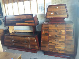 Mid-Century Modern 4 piece Bedroom Set