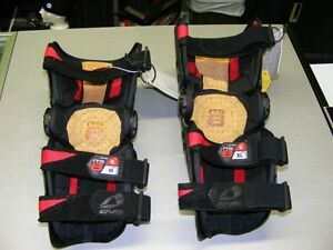 EVS - RS8 - Knee Guard / Brace - Right - Med & XL at RE-GEAR Kingston Kingston Area image 2