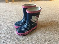 Girls infant size 6 hello kitty welly boots