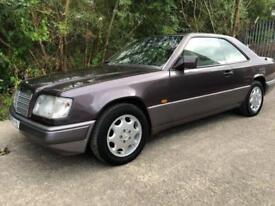 1993 MERCEDES-BENZ E CLASS 2.2 E220 2D AUTO 150 BHP