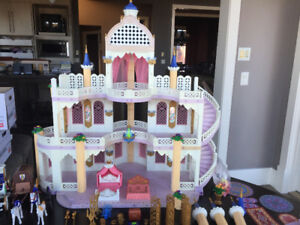 Playmobil Fairytail Castle with accessories *MINT CONDITION