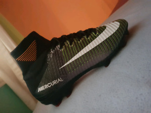 soccer shoes new size 7