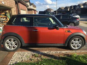 2011 MINI Classic Mini Coupe (2 door)