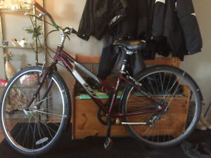 Crosstown bicycle in mint condition.