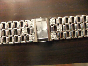 Women's Guess Watch For Sale Oakville / Halton Region Toronto (GTA) image 3