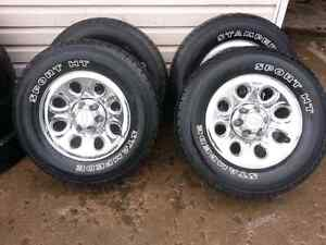 17INCH 6BOLT CHEVY WHEEL PACKAGE