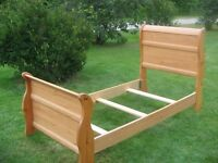 CANADIAN MADE SLEIGH BED