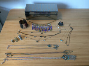 Jewelry box / Necklaces / Bracelet / Rings