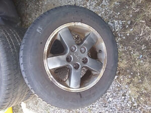 2004 grand cherokee jeep rims & tires forsale
