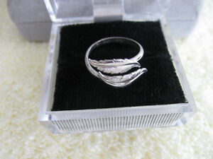 """BRILLIANT & VERY DAINTY """"LITTLE-FINGER"""" RING...SILVER,...SIZE 6"""