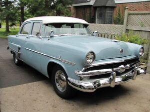 1953   FORD  FOR SALE