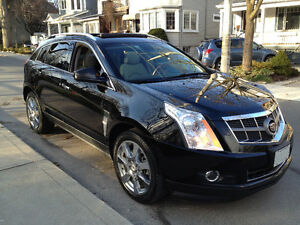 "2010 Cadillac SRX - Luxury/Performance - Pano Roof & 20"" Wheels"