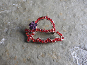 Red Hat Society broach ($5)