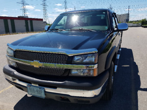 SOLD!!  2004 Chevrolet Silverado 2500 Pickup Truck