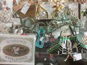 Shop Canada's largest antique mall 600 booths PLUS Jewelry  Stratford Kitchener Area image 4