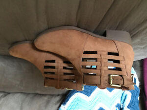American Eagle Boots - Brand New