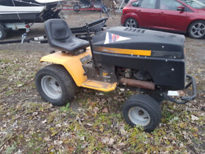 Lawn Tractor for Sale