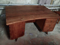 Bureau d'Indonesie en bois de Teck/Teak wood desk from Indonesi