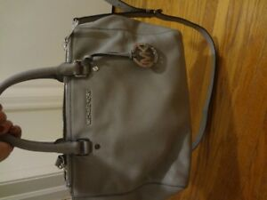 Authentic Grey Micheal Kors Leather Purse
