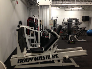 PRICE DROP! Commercial gym equipment West Island Greater Montréal image 4