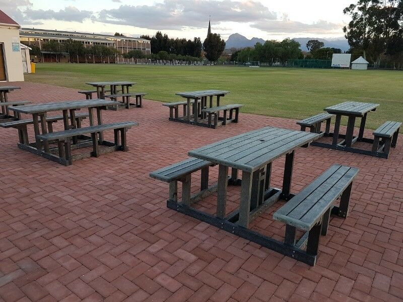 100 Recycled Plastic Picnic Benches Park And School
