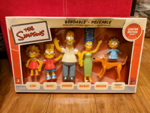 2002 in box Simpssons figures! Limited edition!