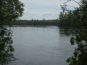 Ottawa River front property near Westmeath