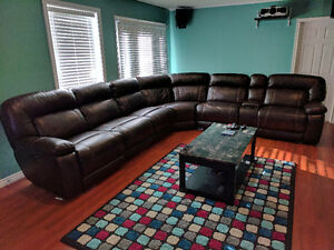 Almost new 7 piece sectional.