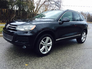 2011 VW TOUAREG TDI DIESEL 4X4 TOP OF THE LINE, NAVI/REAR VIEW!!
