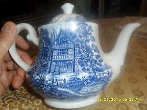 Dishes/Royal Essex/Shakespear Country Blue London Ontario image 1
