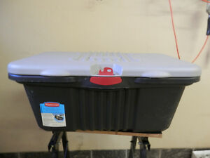 Rubbermaid action packer. London Ontario image 1