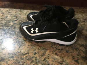 Under Armour Baseball Cleats size 13 youth