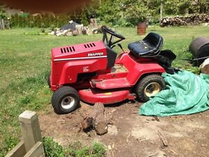 Lawn tractor for sale or trade