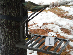 Hunting stand, treestand, tree stand and pegs for sale