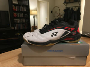 Yonex SHB65Z badminton court shoes size 8.5