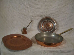 Copper Frying Pan, plates, etc. /Poêle en cuivre, assiettes, etc